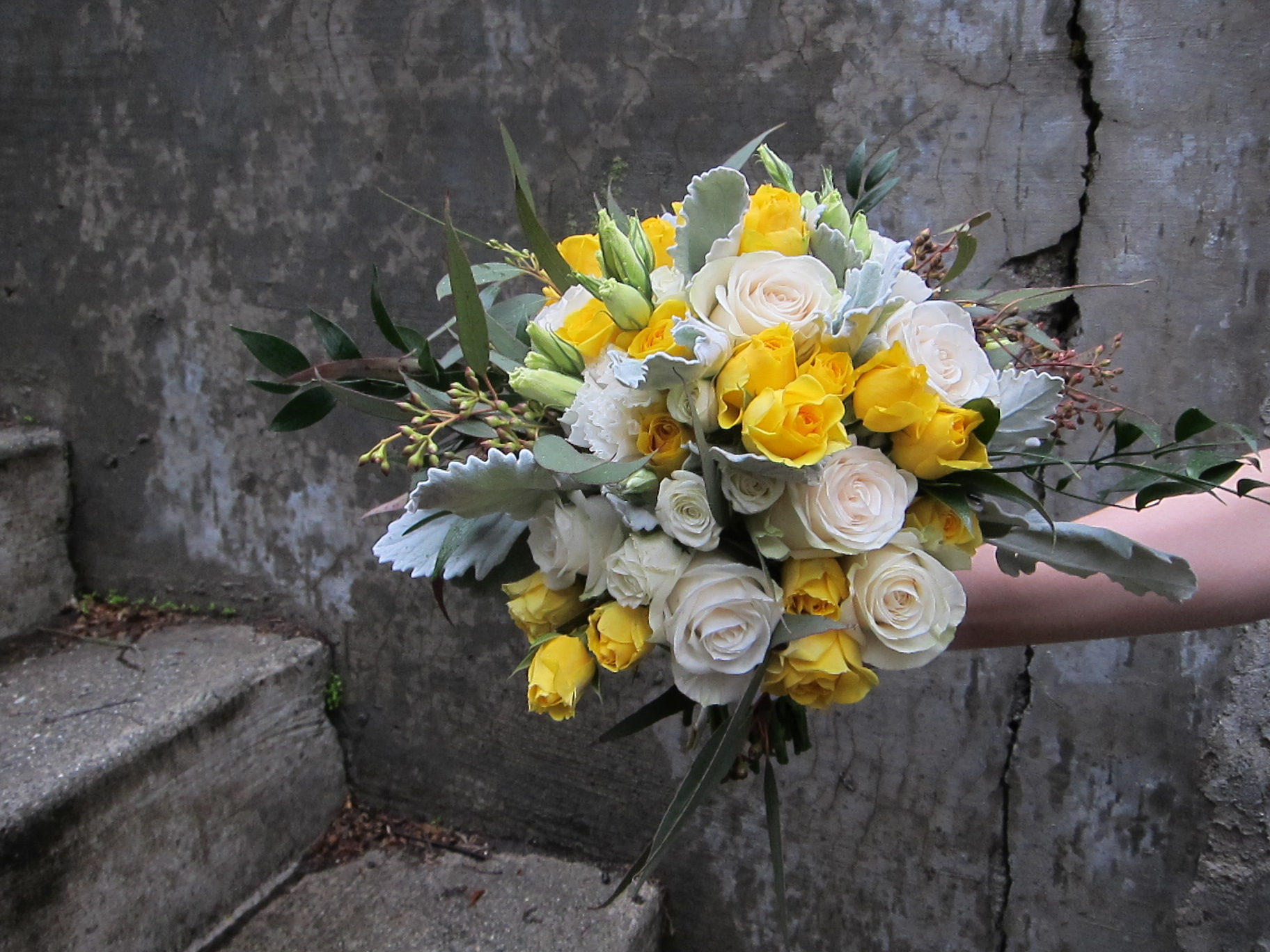 White and yellow rose bouquet | designed by Natasha Price of Paper Peony Alaska