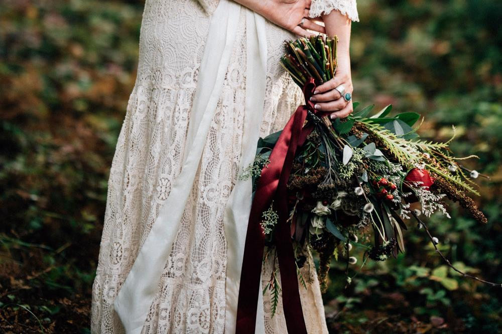 Foraged bridal bouquet by Paper Peony Alaska