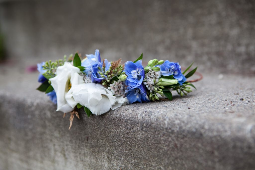 Wedding flowers by Anchorage florist Natasha Price of Paper Peony Alaska
