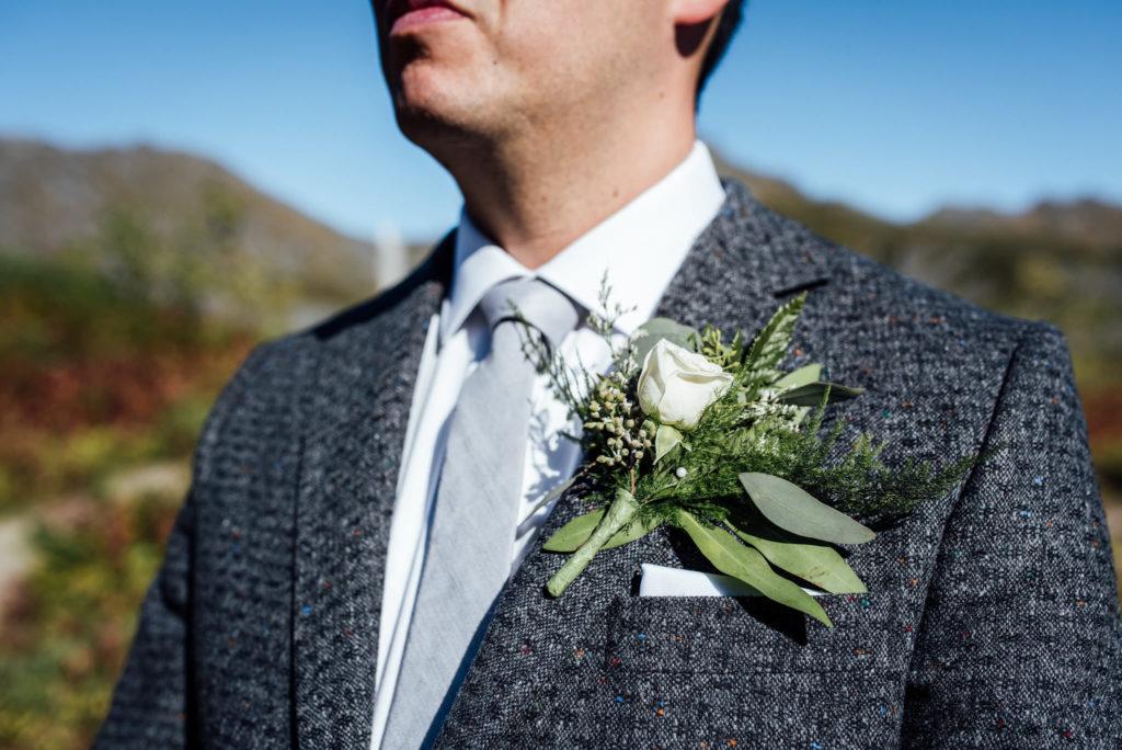 Wedding flowers by Anchorage florist Natasha Price of Paper Peony Alaska | Photo by Anne Marie Moran