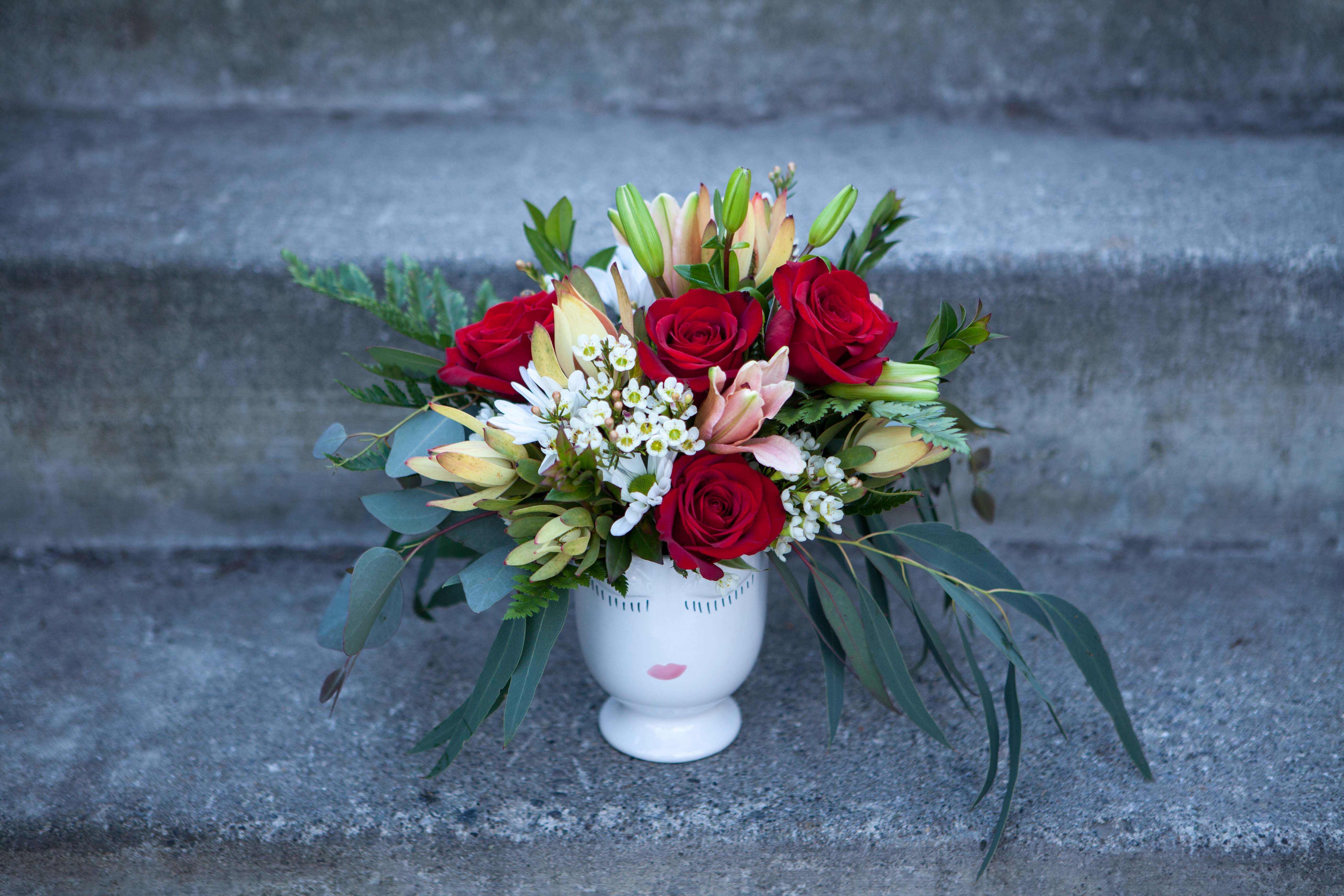 Order one-of-a-kind fresh floral arrangements for delivery in the Anchorage area from Paper Peony!